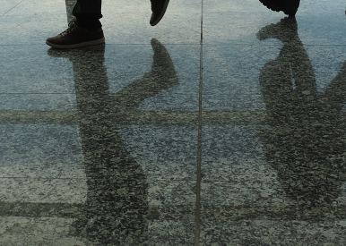 pies en el aeropuerto (8)